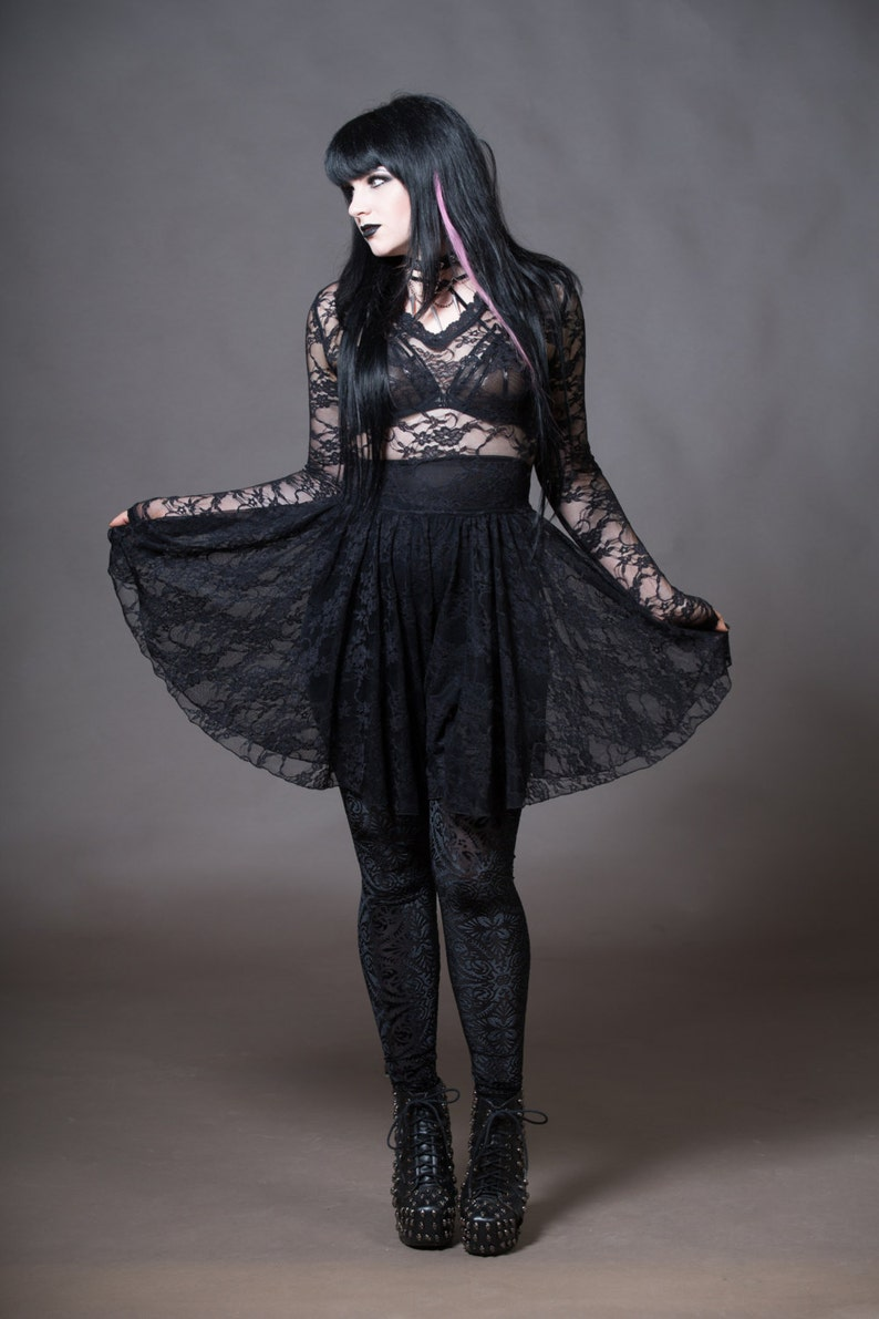 1613f88dcc7 Lace Gothic Dress Vampire Dress Nu Goth V-Neck Witchy