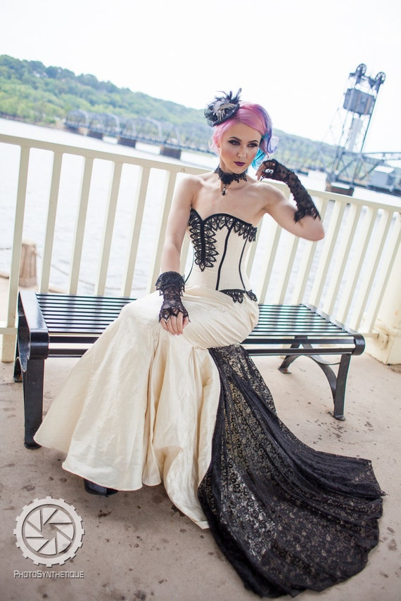 Vintage Style Wedding Dresses, Vintage Inspired Wedding Gowns Mermaid Wedding Dress - Goth Gothic Bridal Steampunk Gown Halloween Wedding -