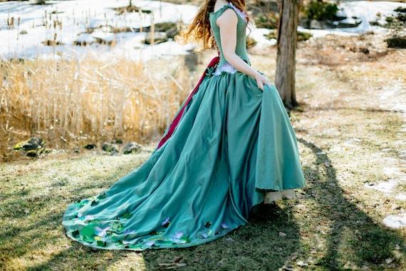 Woodland Fairy Wedding Dress Unique Bride Rustic Wedding Dress | Etsy
