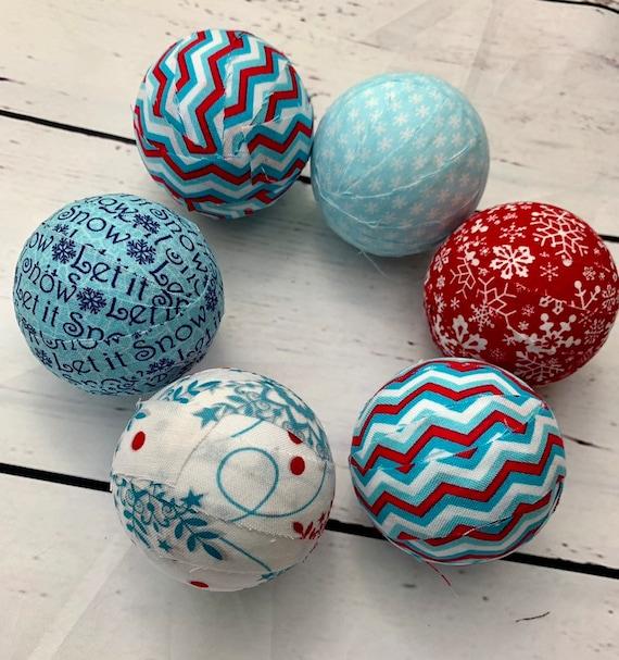 Set SMALL BlueGreen FLORAL Patchwork BALLS Bowl Fillers Handmade Rustic Country Style Home Decor Homespun Fabric Balls x5 Juggling Balls