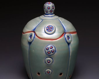 Green Garlic Keeper Jar with rattle lid