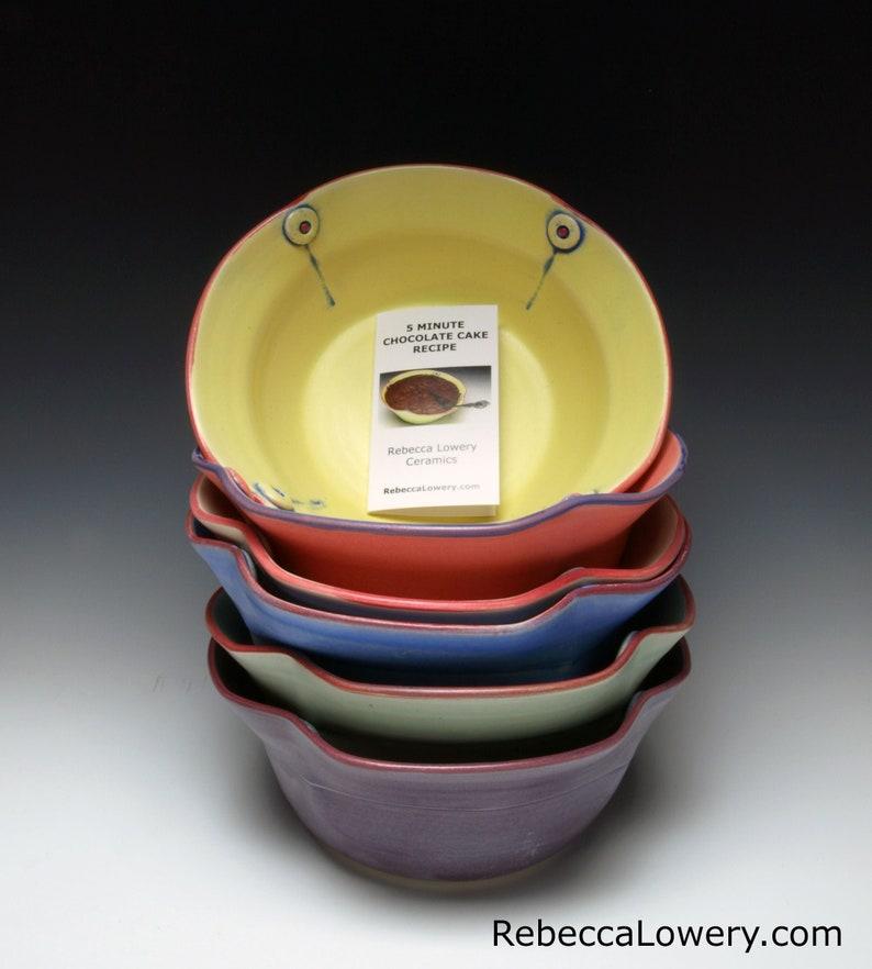 Microwave Ceramic Cake Bowl with 5 Minute Chocolate Cake image 0