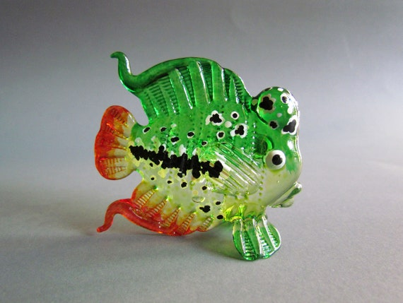 Aquarium Handicraft MINIATURE HAND BLOWN GLASS Green Puffer Fish FIGURINE