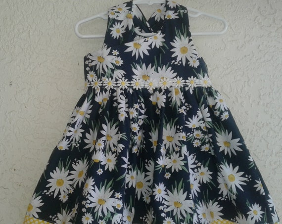 Daisy Dress, Handmade Dress, Baby Easter dress, Toddler Fashionista, Ready to ship