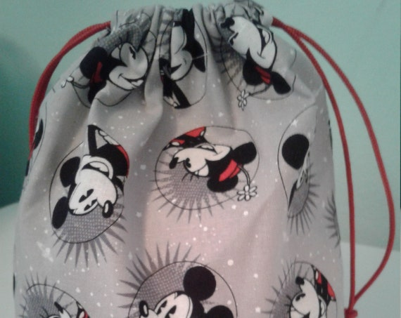 Mickey Mouse gift bags,Disney bags ,Birthday Bags,Fish Extender, Treat Bags, Candy Bags, Goody bags, 9x7 bags