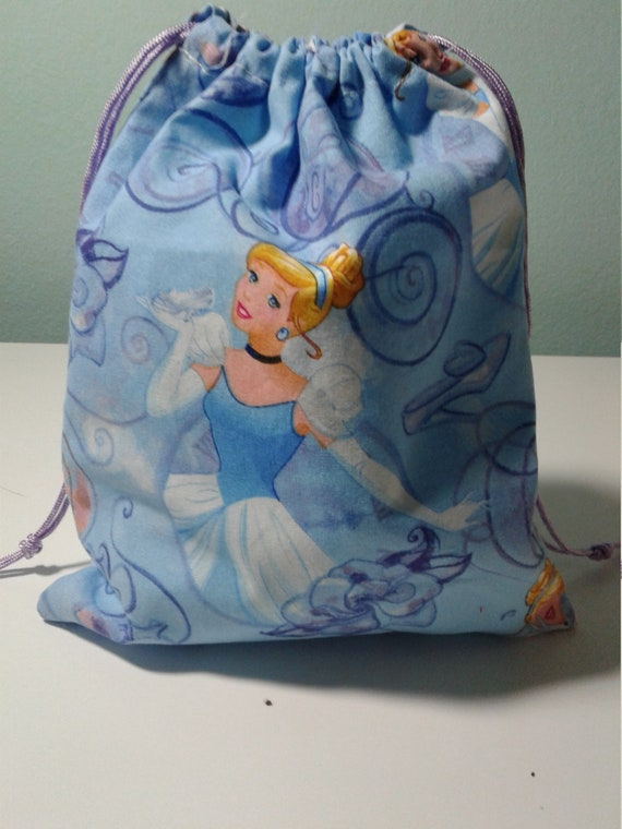 Cinderalla gift bags, Disney Party bags ,Birthday Bags, Treat Bags, Candy Bags, Goody bags, Party supplies, 9x7 bags