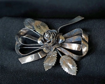 HOBÉ Sterling Silver Bow Brooch with Rose