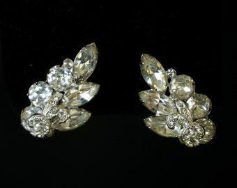 EISENBERG Beautiful Vintage Clear Rhinestone Clip On Earrings