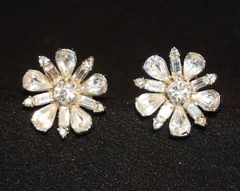 BOGOFF Lovely Vintage Clear Rhinestone Earrings in Floral Design