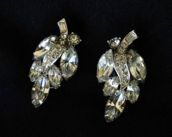 WEISS Vintage Clear Rhinestone Clip On Earrings in Leaf Cluster Motif