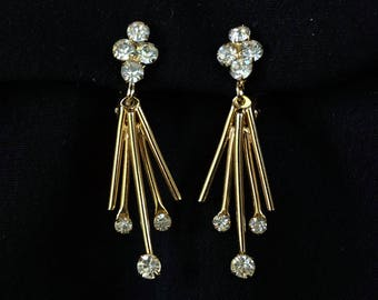 SARAH COVENTRY Vintage Rhinestone Dangle Clip On Earrings with Golden Rods