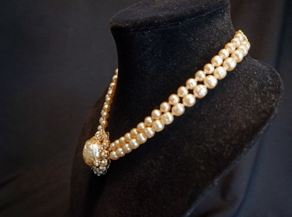Vintage Double-Strand Faux Pearl Choker with Larg… - image 6