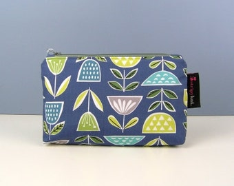 Waterproof lined cosmetic bag, Make-up purse with waterproof lining, Organic cotton case, Zipped storage case, Handmade case,