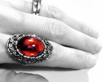 Red Gothic Ring // Gothic Jewelry // Victorian Ring // Vampire Ring // Renaissance Jewelry