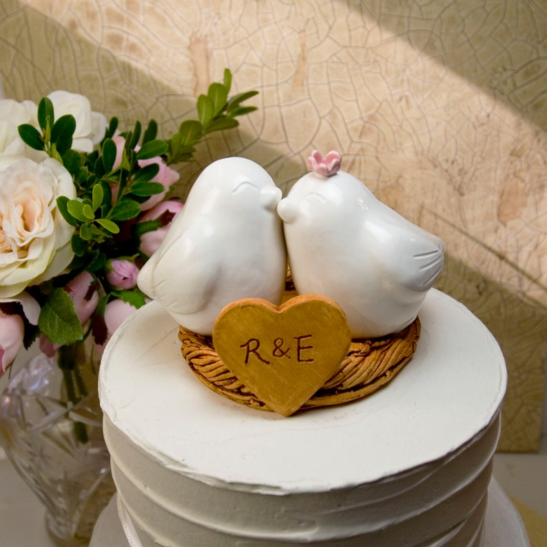White Love Bird Cake Topper with Flower Glazed to Match Wedding  Theme,Handmade Keepsake Gift for Couple,Names and Wedding Date Engraved