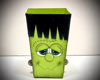 Halloween Treat Boxes - Halloween Favor Boxes - Halloween Party Decor - Party Favors- Trick or Treat - Frankenstein treat box - Treat Bag