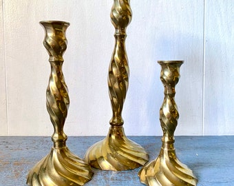 Vintage Brass Candlestick Holders - Twisted Swirl - Gold Metal Candlesticks - Wedding Tablescape - Mantle Holiday Decoration - Set of 3