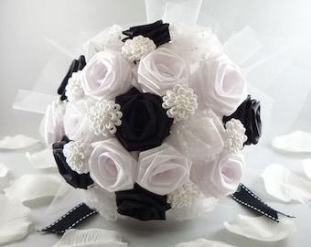 Black white bouquet | Etsy