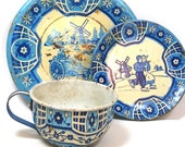 40 39 s Tin Toy Tea Setting, Blue Delph. Dutch scene. 3 piece set. Made in USA by Wolverine