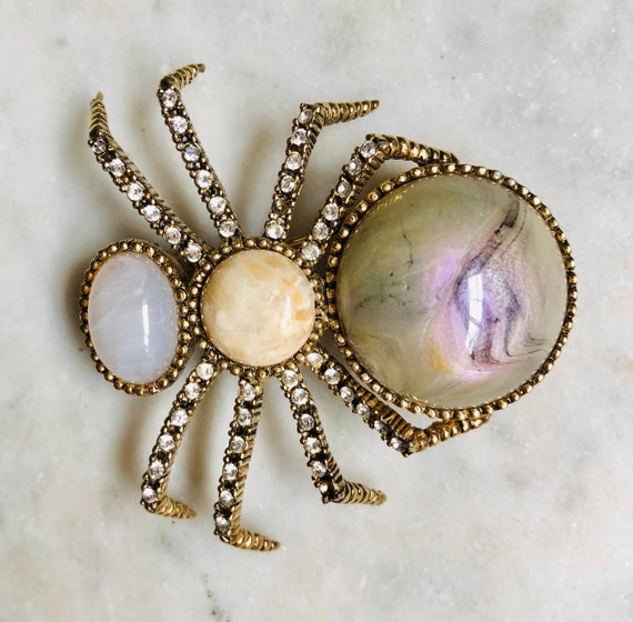 Ciner Cabochon & Crystal Spider Brooch