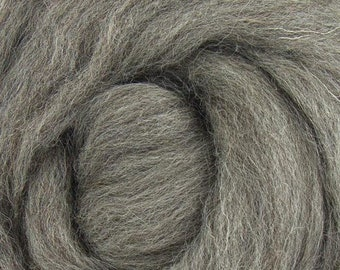 Natural Gray Jacob Top/Wool Spinning/Dyeing/Felting