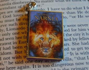 Chronicles of Narnia - Zipper Charm - Purse Charm - Keychain - Free Shipping