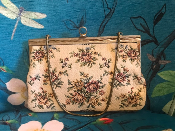 Vintage 40s Ivory Tapestry Purse. Ivory Tapestry H