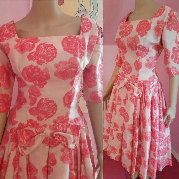 Vintage 50s/60s Pink Roses Party Dress... Small