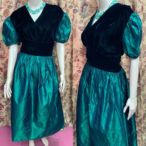 Vintage 60s Green Velvet and Taffeta Dress. Green