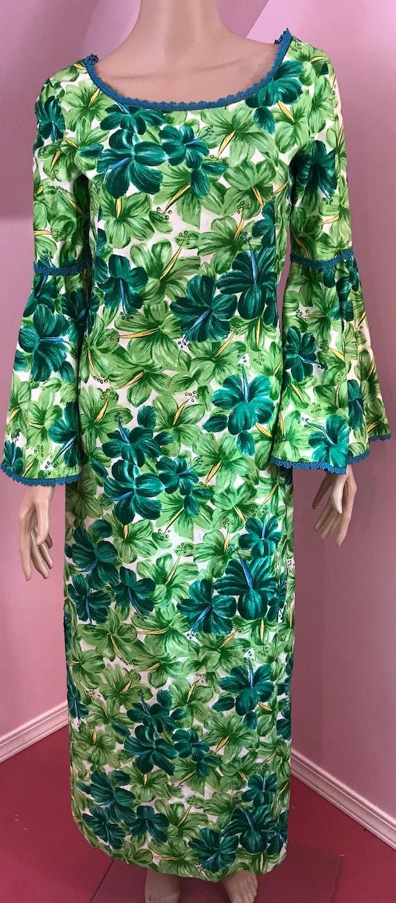 Vintage 50s Hawaiian Wiggle Dress.Green Hawaiian … - image 2