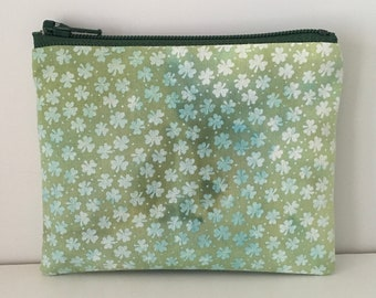 Hand Dyed Shamrock Coin Purse - Green St Patricks Day Change Purse - Small Cotton Zipper Pouch