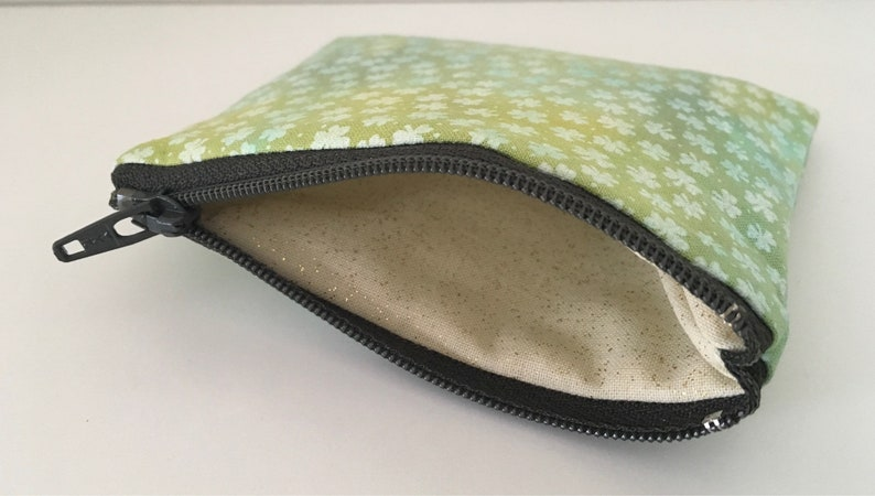 Shamrocks Hand-dyed Coin Purse Green St Patricks Day Change Purse Small Cotton Zipper Pouch