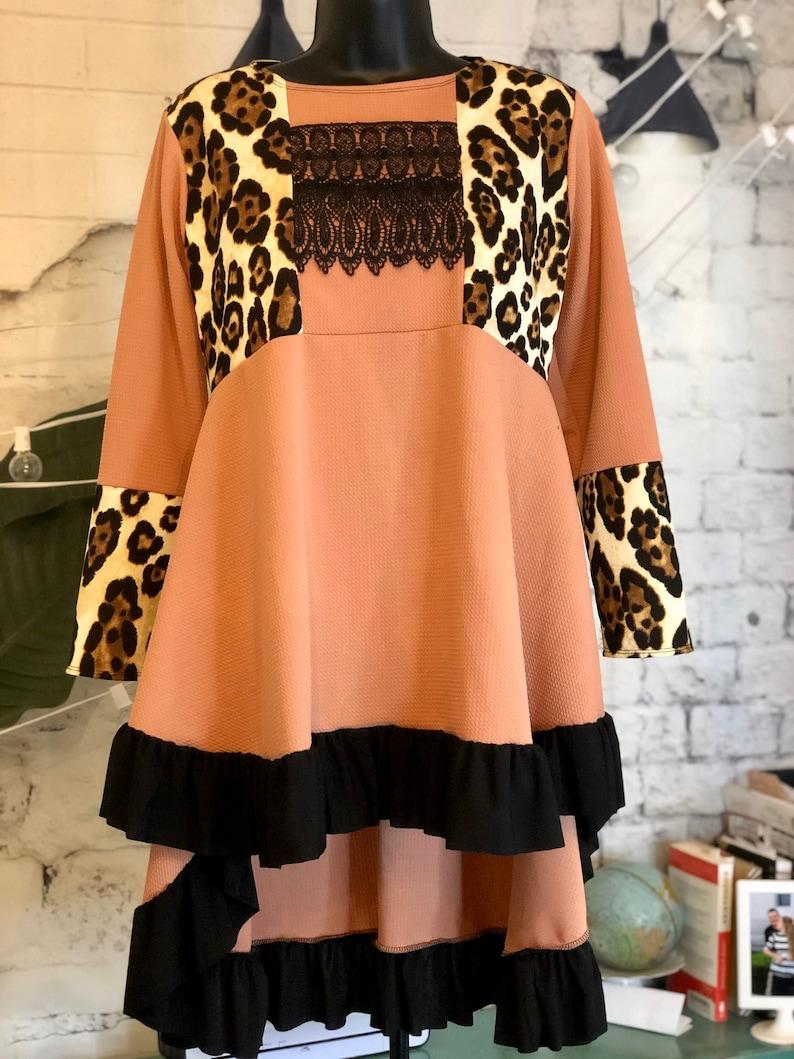 LillyAnnaKids Ladies Blush LEOPARD Shirt top LALA image 0