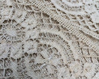 old machine made ecru insertion lace 3 1/2 inches wide and 3 1/2 yards long