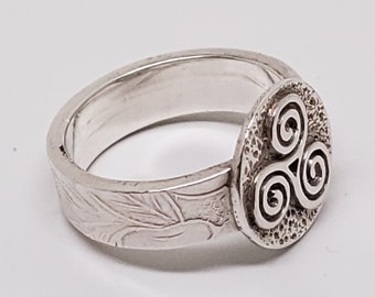Celtic Spiral Triskele Hand Forged Thick Textured Band Ring one of a kind