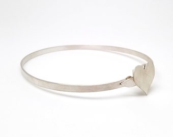 Discreet Locking Slave Collar, Sterling Silver Satin Finish Heart Slave Collar 5mm Band [Exclusive Mockingbird Lane Wire Locking Clasp]