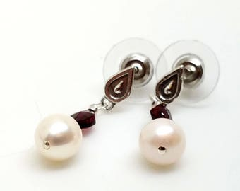 Freshwater Pearl Teardrop Earrings with Genuine Garnet Gemstone Accents on Teardrop Sterling Silver Studs with Wide Back Ear Nuts