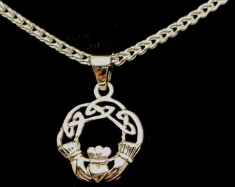 Ultra Discreet Sterling Silver Slave Collar 2.4mm Diameter Foxtail Chain with Sterling clasp and Claddagh Pendant
