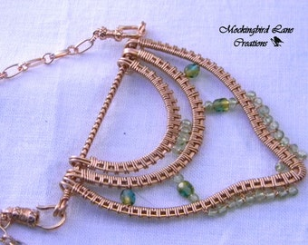 Alhambra-Woven Copper Necklace with Peridot and Czech Glass