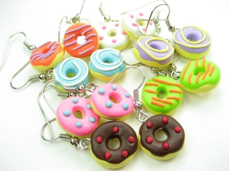 Donut Earrings (7 pairs), bulk gifts, food jewelry, food earrings, donut  jewelry, cute kawaii charms, pink, blue, chocolate, purple doughnut