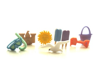 Dill Summer Fun Embellishment Novelty Button 32 mm 2 pcs Beach Chair Buttons 1.25 inch