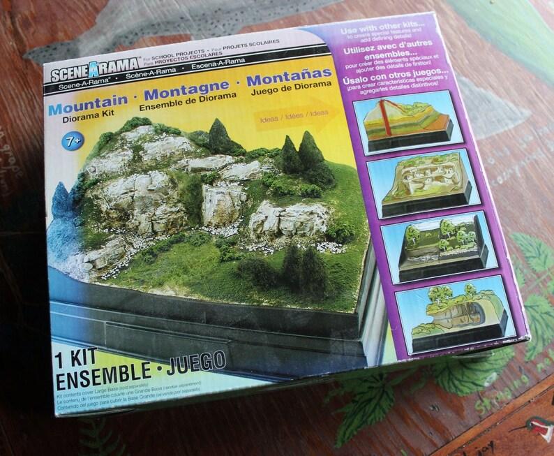 Scenearama Mountain Kit for school, art projects, more DESTASH