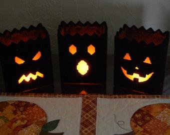 PATTERN: Halloween Luminaries in Plastic Canvas