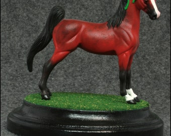 3x5 Circle Grass Display Base for Model Horses 1:32 and Smaller (Wooden)