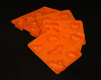 Vintage Jell-O Jigglers Halloween Mold - Dessert Plastic Mold - Ghost - Pumpkin - Bat - Cat - Witch - Kitchen Tools - Cooking - Crafts