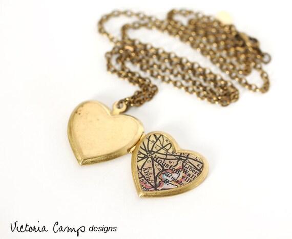 Look Vintage Bronce Floral corazón trabajando Medallón Collar Nuevo En Caja Mujer Regalo