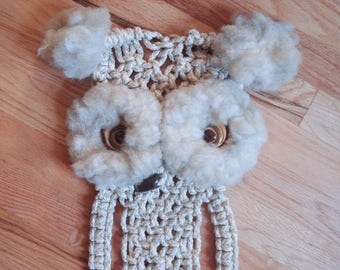 Vintage macrame owl with towel ring