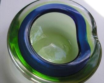 Vintage 1960s Italian Murano Cobalt Green Art Glass Ashtray Bowl Dish Flavio Poli