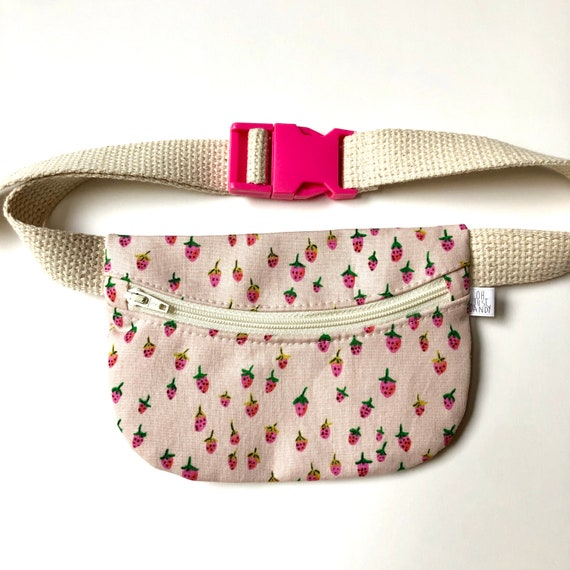 Treasure Pouch in Pink Strawberries