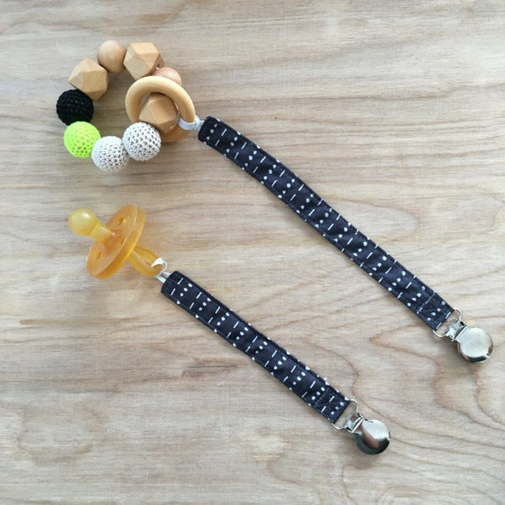 Universal Dotted Lines in Charcoal Pacifier Clip